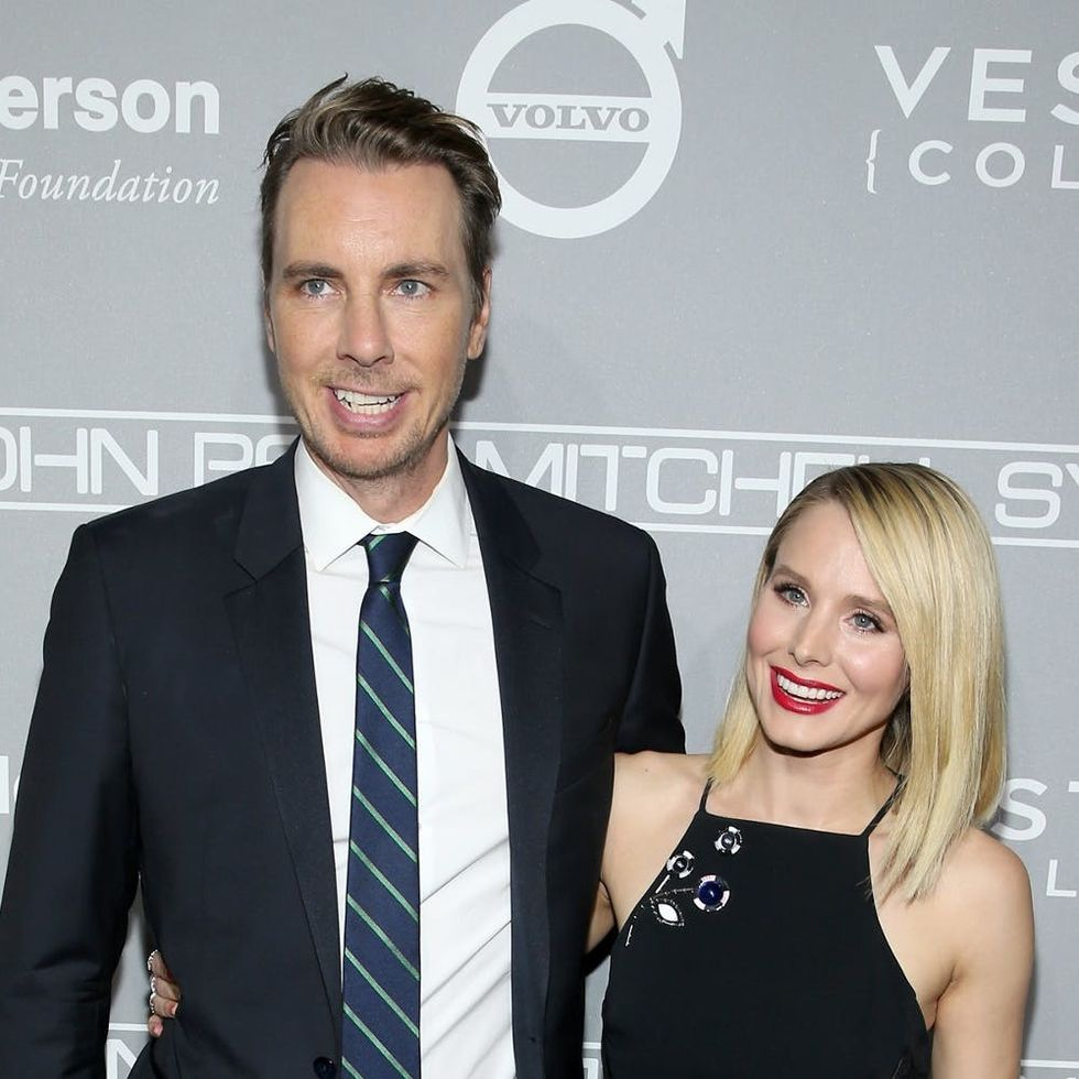 """Kristen Bell and Dax Shepard Swap Same-Sex Kisses at the """"Best Christmas Party Ever"""""""