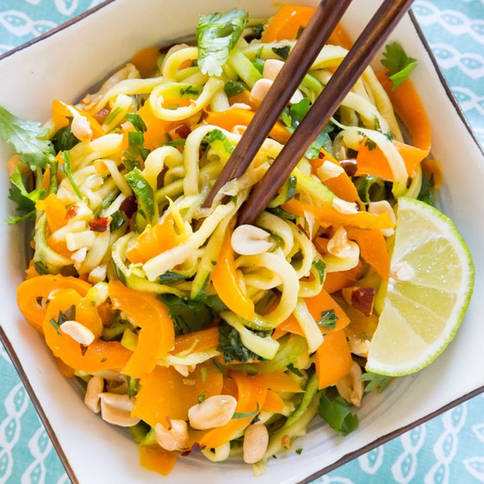 A Crowd Favorite: Colorful Zoodle Pad Thai Recipe