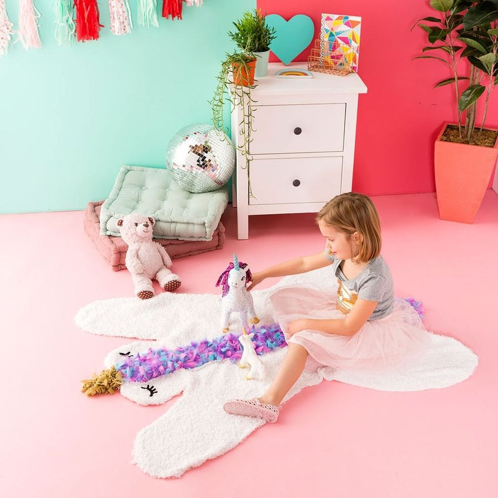Your Little Dreamer Is Going to Love This DIY Unicorn Rug