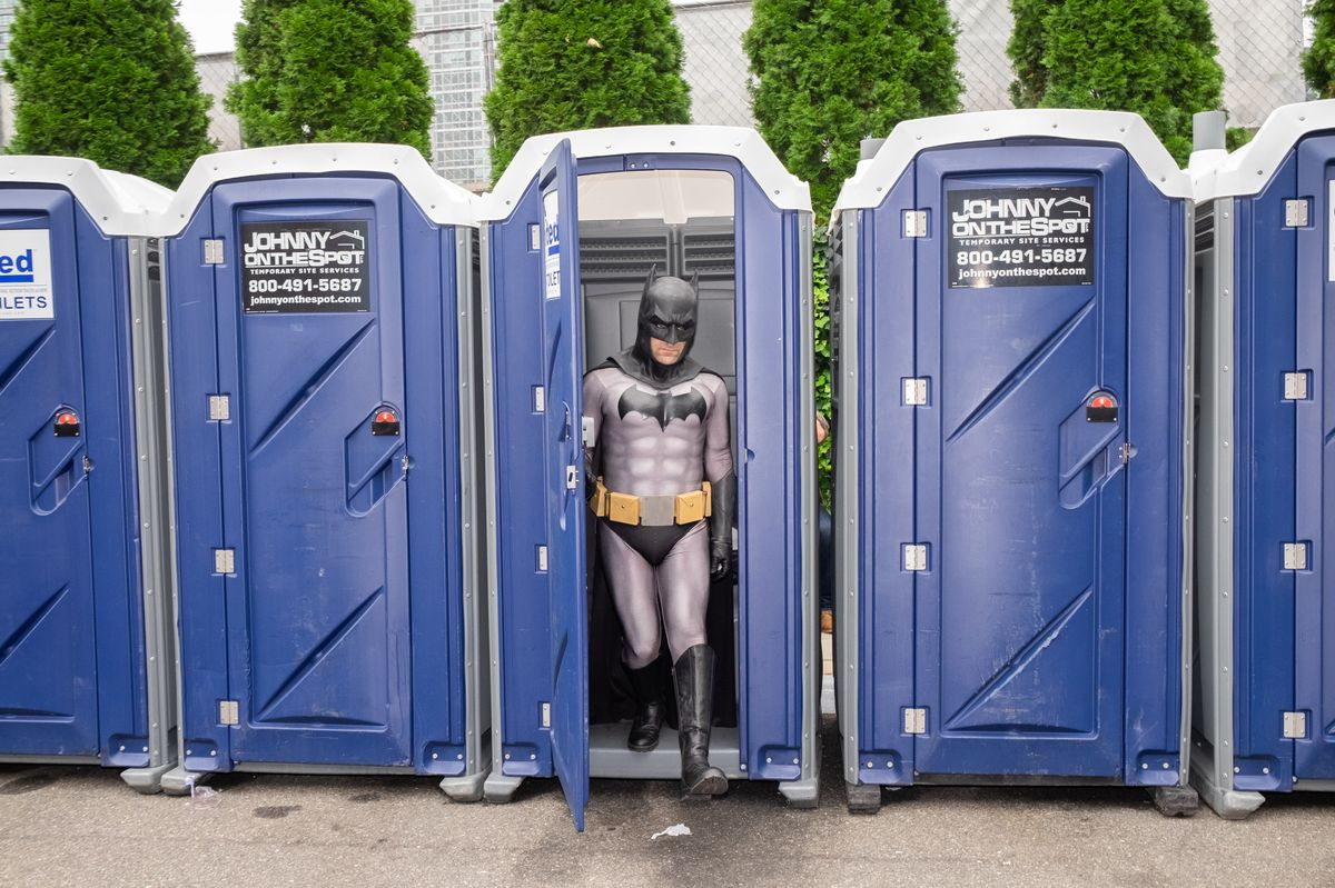 25 Photos Capturing the Weird, Wild World of Comic Con