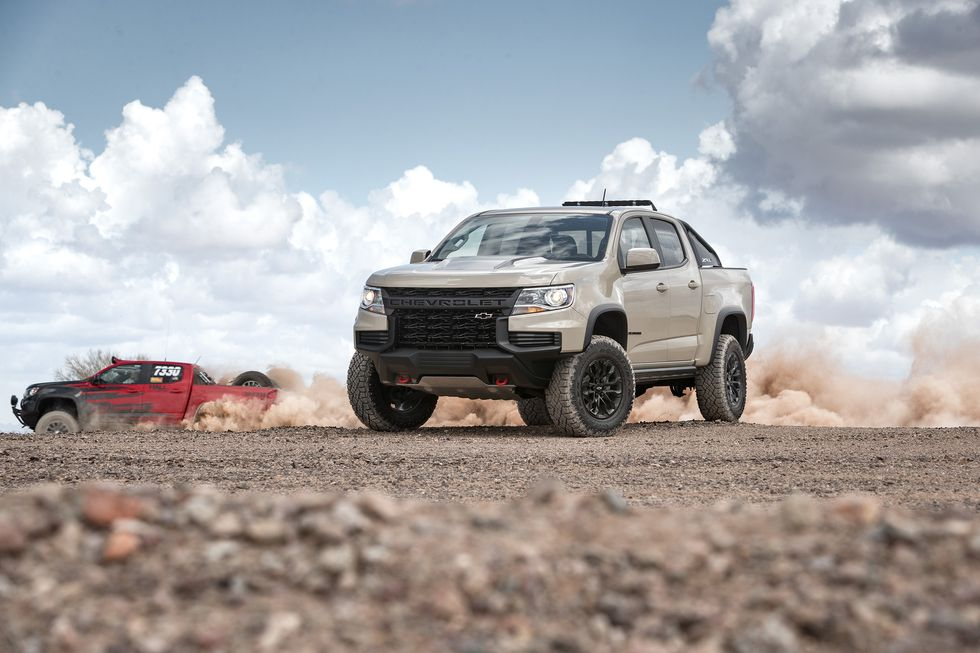 2021 Chevrolet Colorado ZR2 off road off-roading tow hooks