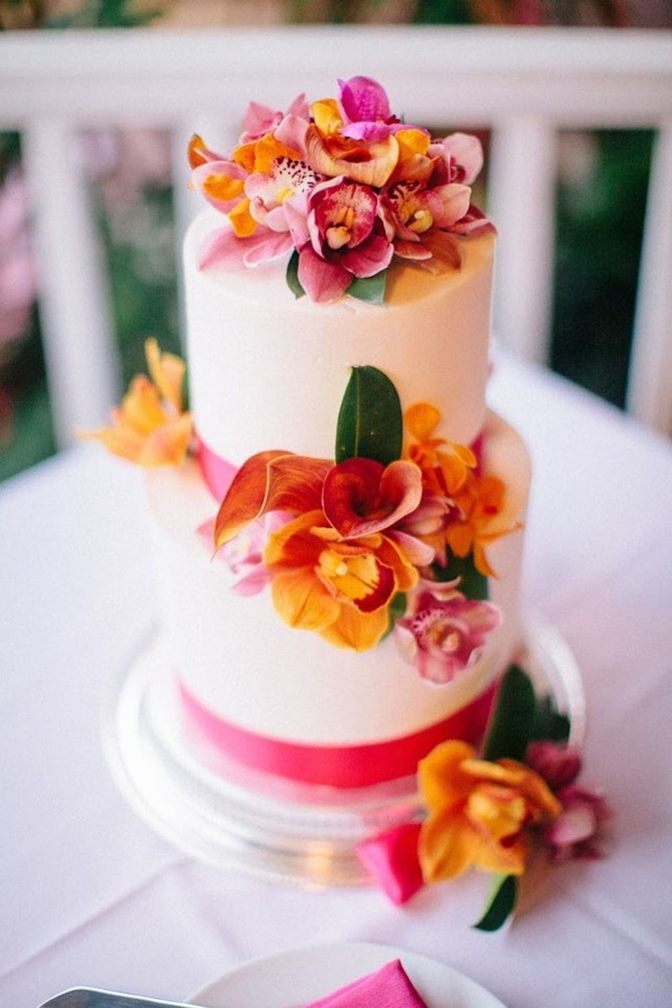 17 Tropical Wedding Cakes Perfect For Summer Weddings Brit Co Top it with sweet and tangy sugared cranberries for festive flavor. 17 tropical wedding cakes perfect for