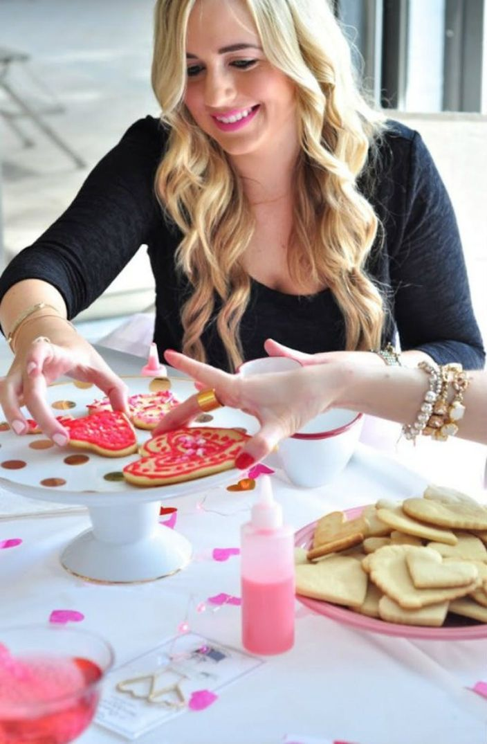 19 Red Pink Party Ideas For Your Galentine S Day Party Brit Co