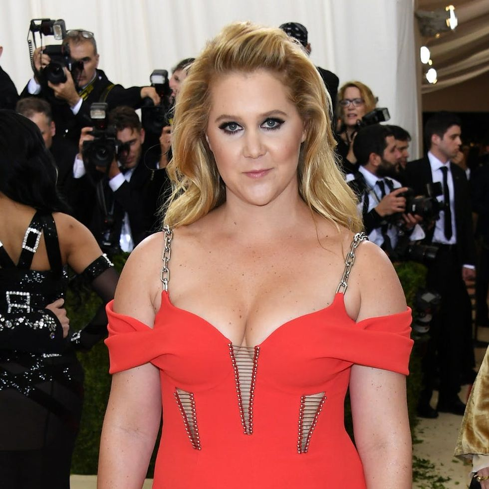 Amy Schumer Is Trying to Break the Internet Kim K Style
