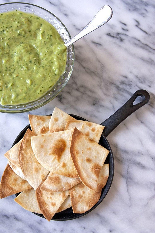 homemade-salsa-verde-chips