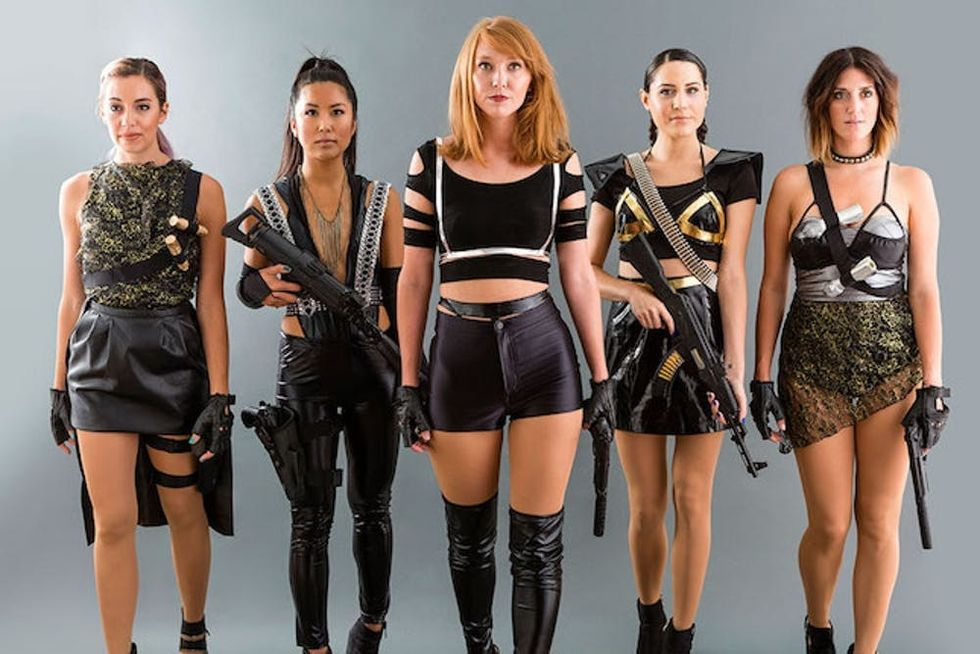 15 Ways To Channel Taylor Swift This Halloween Brit Co