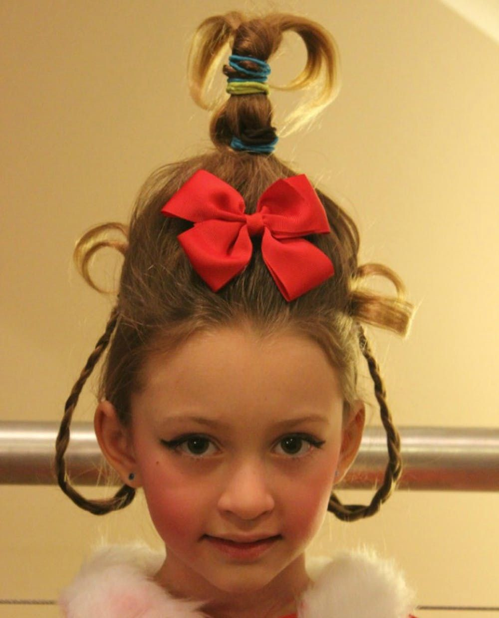 17 Halloween Hairstyles to Complete Your Killer Costume