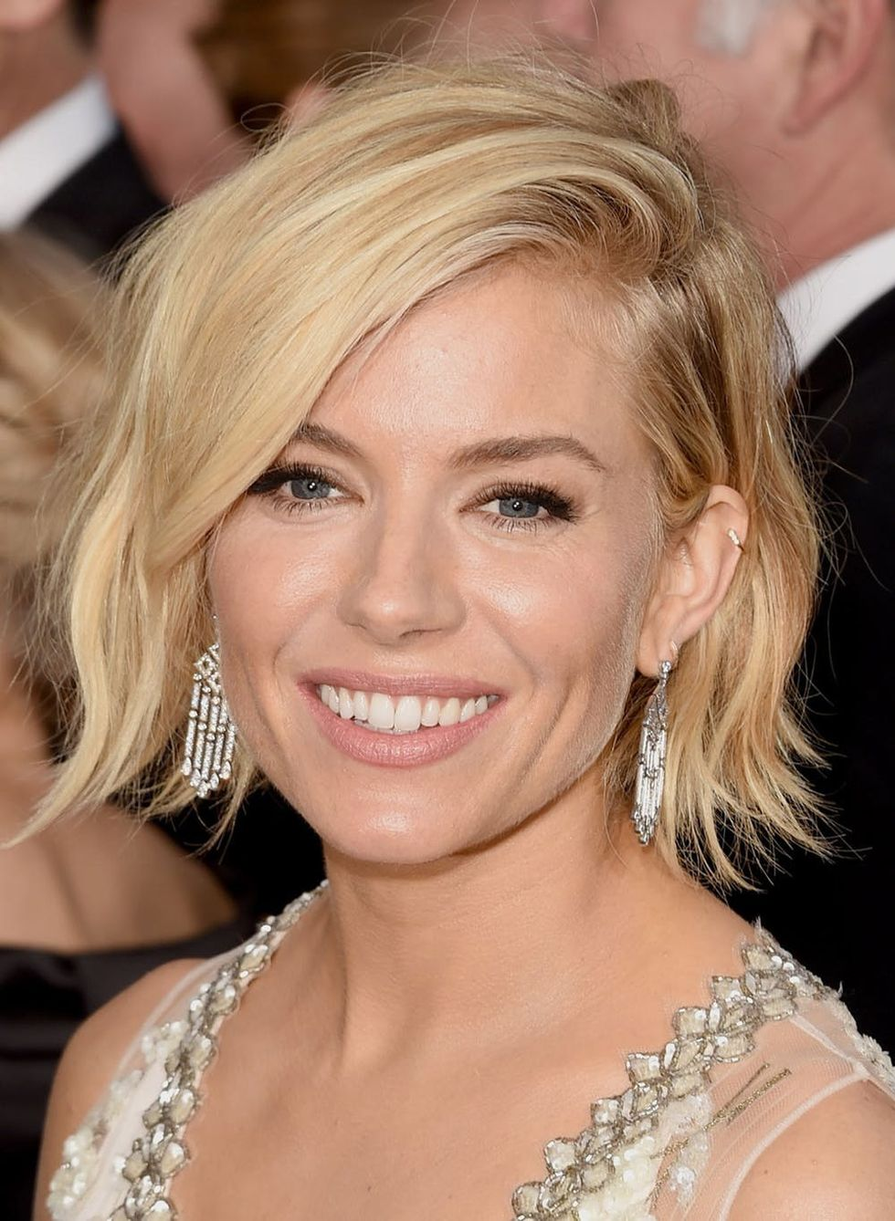 New Celeb Hair Trend 9 Short Hairstyles From The Red Carpet