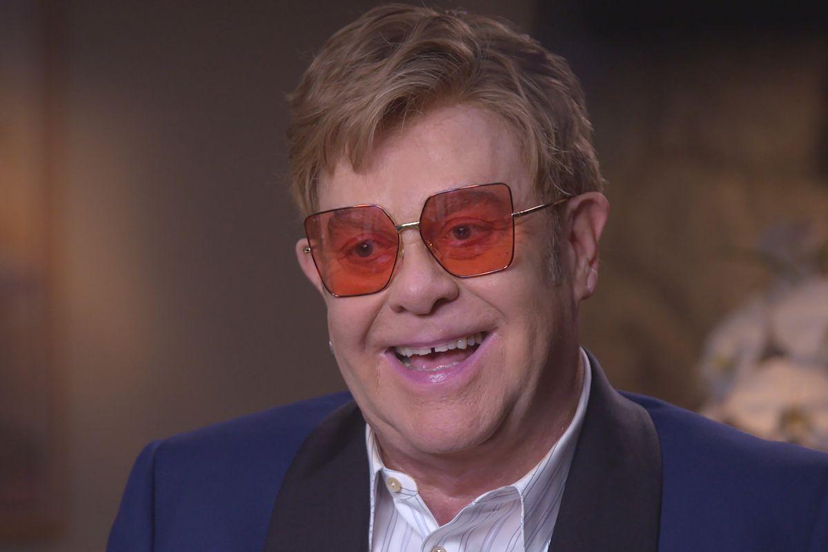 Elton John Defends Ellen DeGeneres