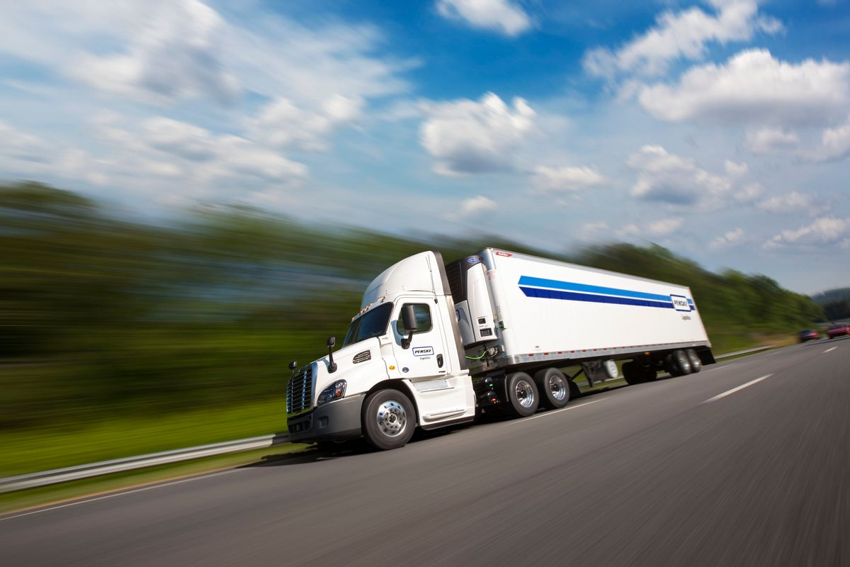 Penske Logistics Collects Supply Chain Awards for Transportation Management and Warehousing Services