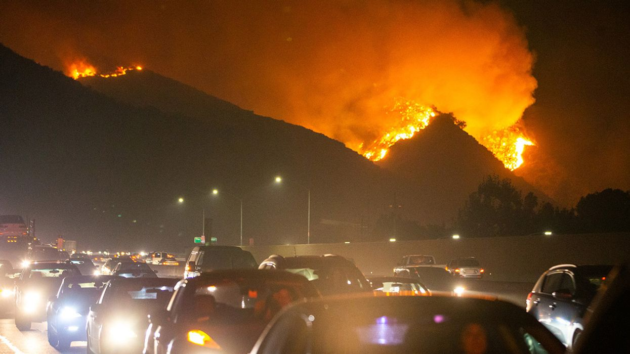 Getty Fire Breaks out in Los Angeles, Adding to California's Fire Woes