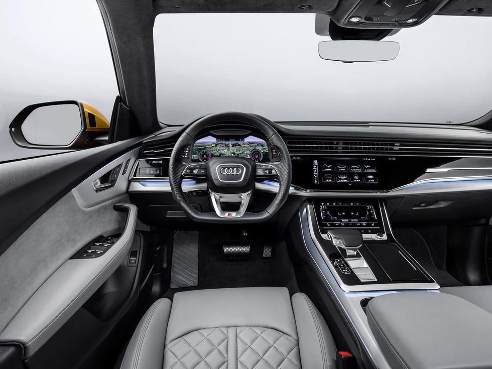 2019 Audi Q8 interior cabin infotainment screens wheel shifter
