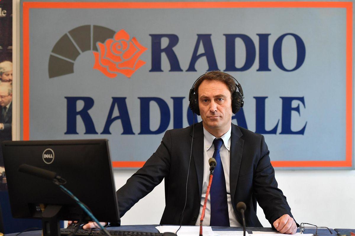 Il Conte bis tassa gli italiani ma dona 24 milioni a Radio Radicale