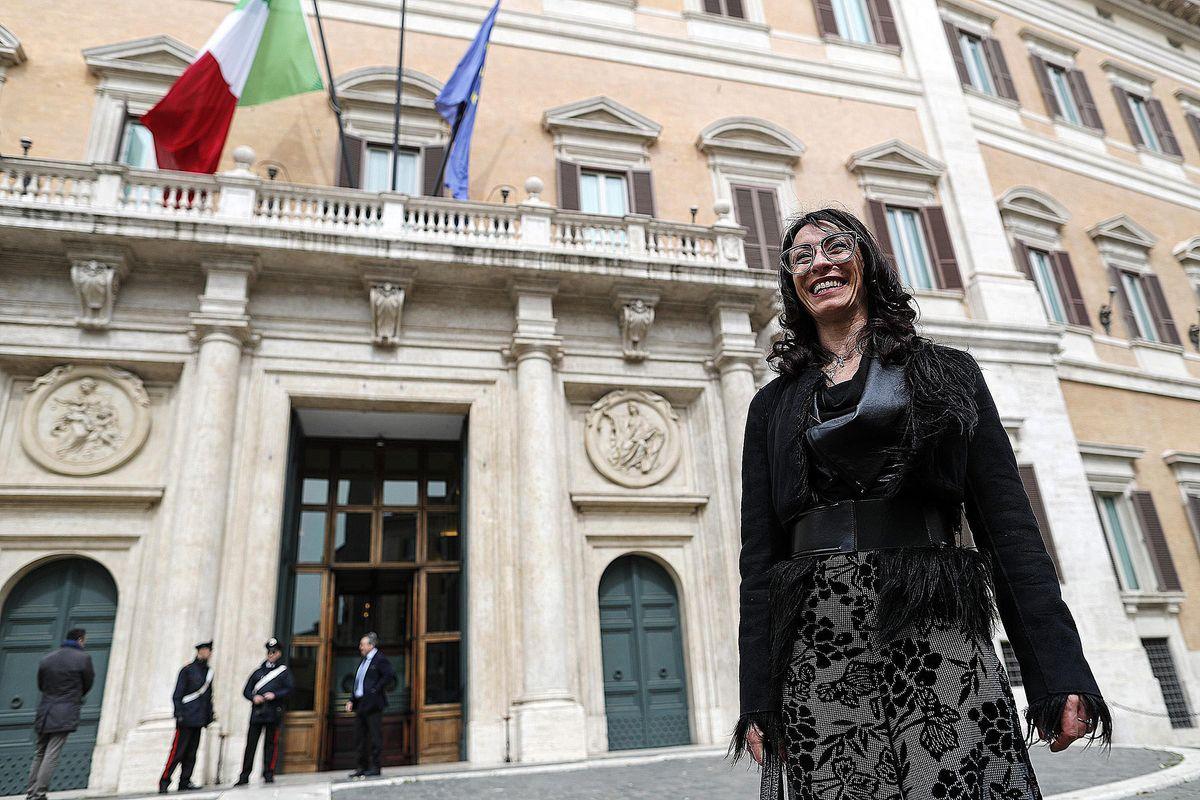 Il portaborse della deputata di Renzi in realtà portava i pizzini dei mafiosi
