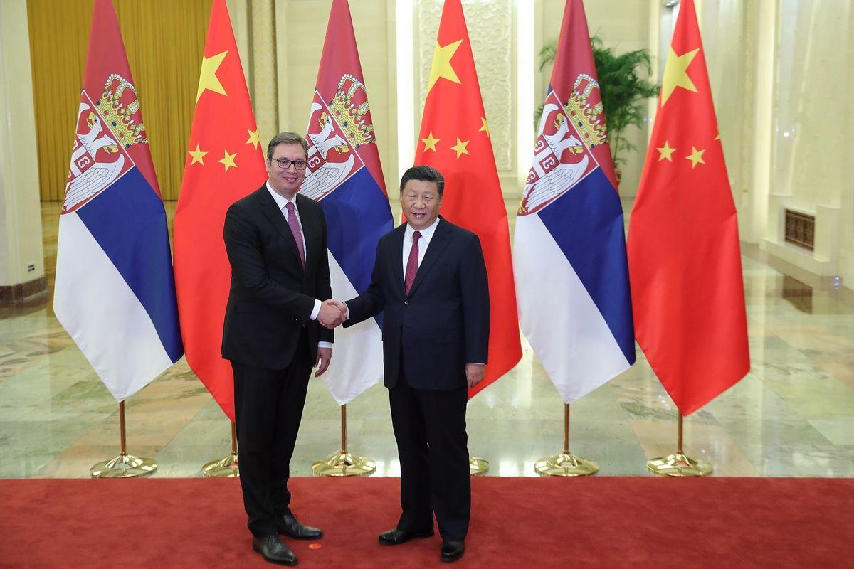 Cina e Russia si contendono la Serbia