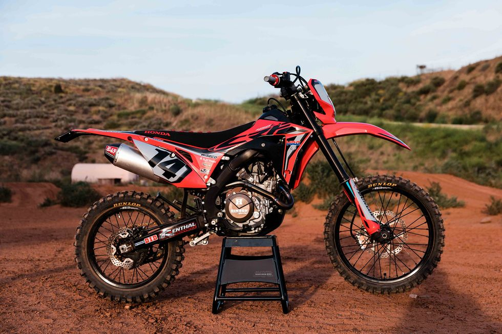 Custom CRF450L \u201cGrey Area\u201d