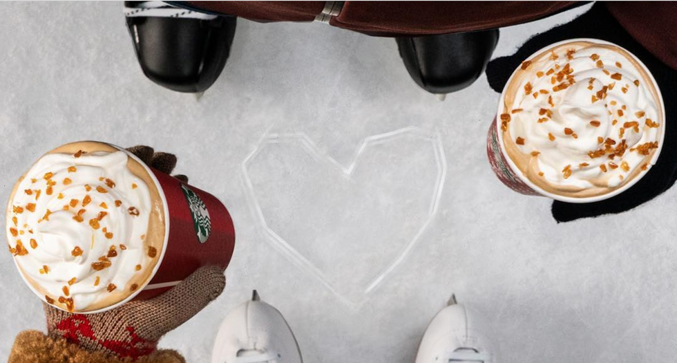5 Starbucks Holiday Drinks So Yummy They'll Leave Every College Girl Bankrupt Before Christmas