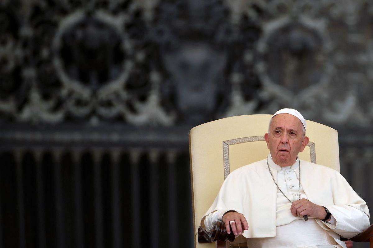 Rivista della Cattolica: «Fedeli non più allineati al Vaticano»
