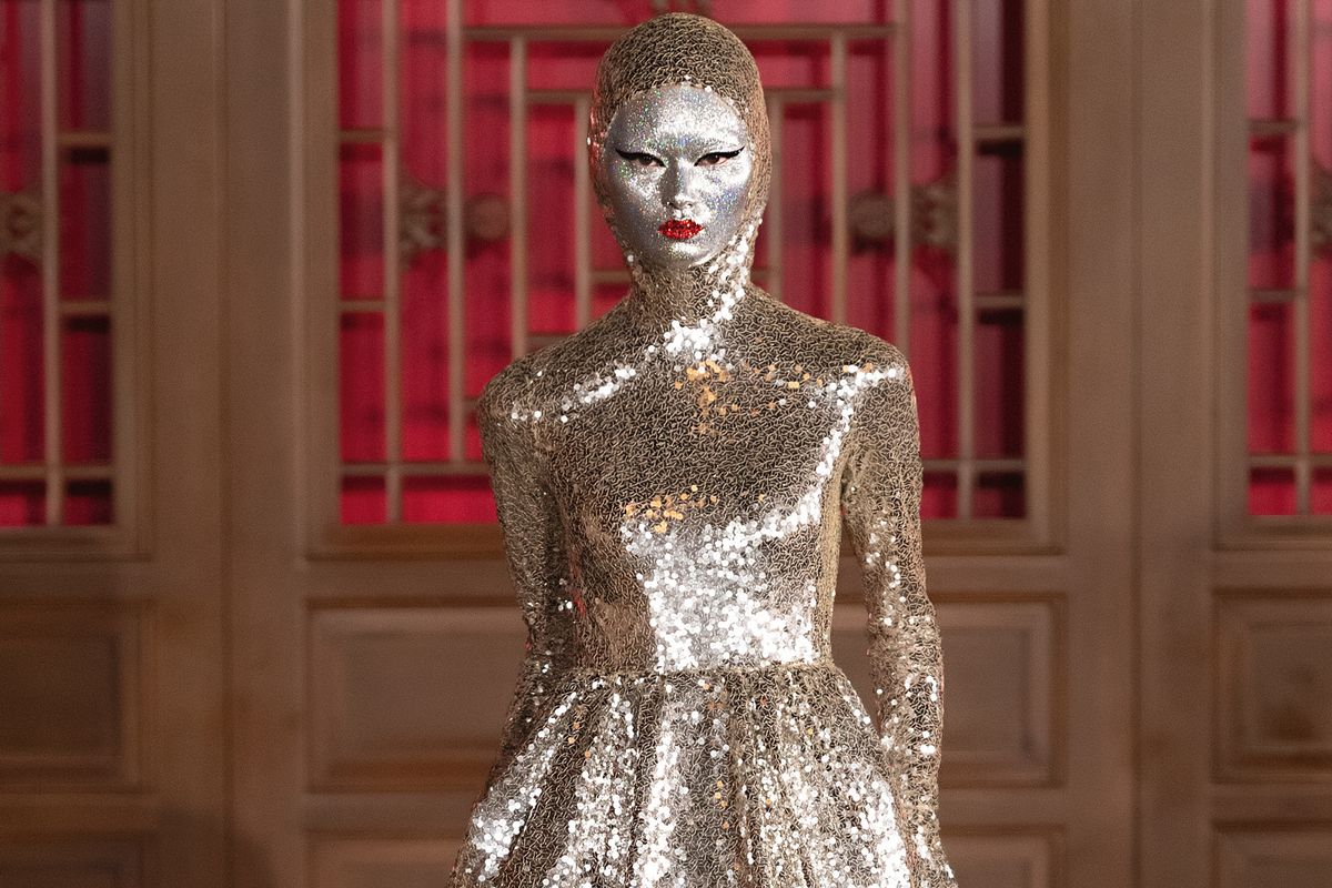 Pat McGrath Covered Models' Faces in Silver for Valentino Couture