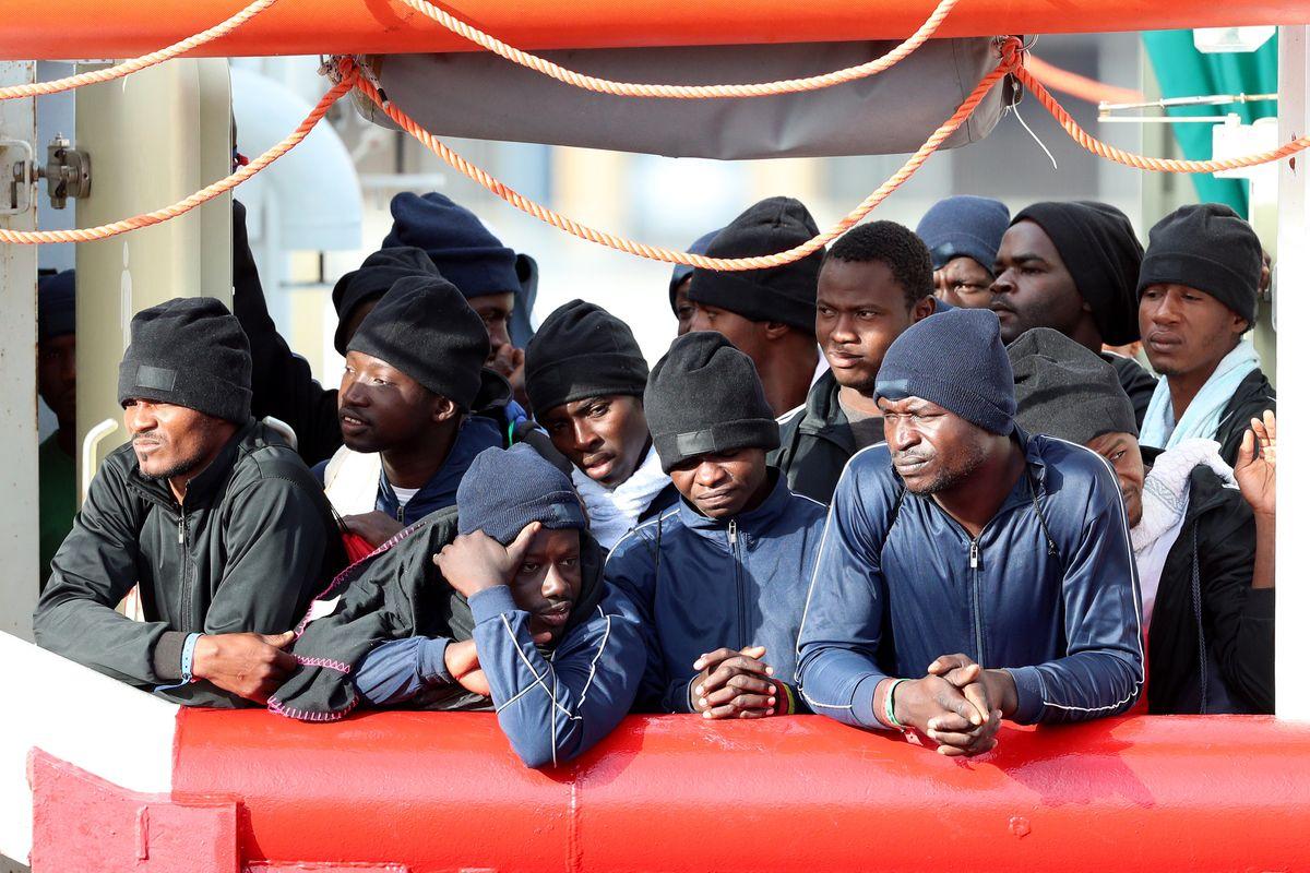 I giudici Ue ci impongono i profughi violenti