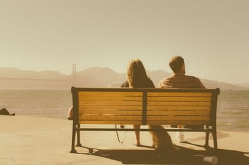 Should We Be Relationship Compartmentalizing?