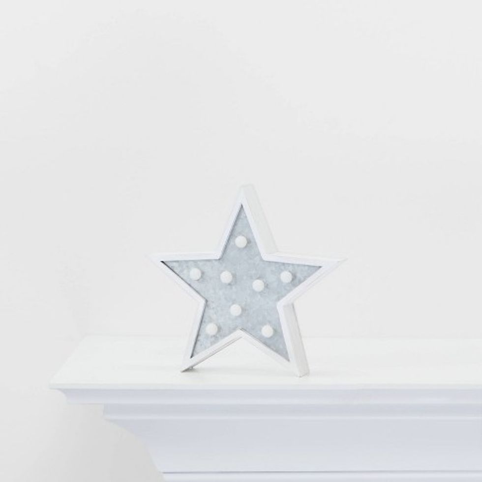 Mini marquee star wall sign