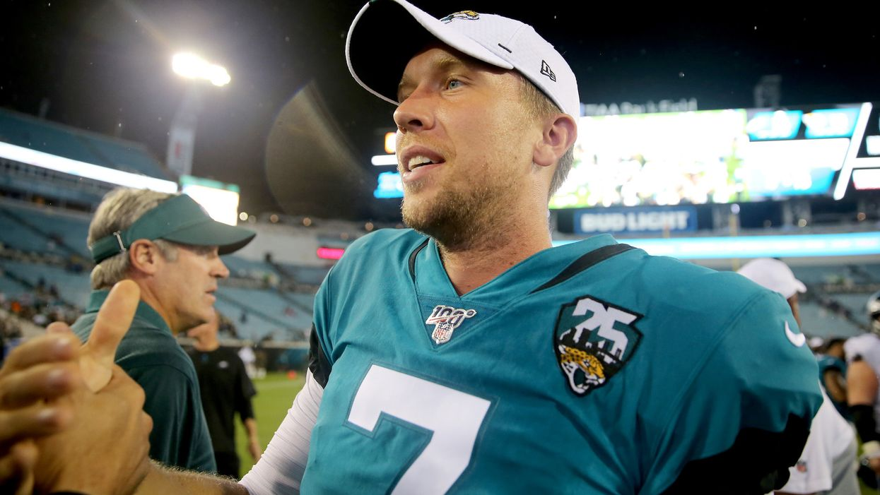 NFL quarterback Nick Foles gives inspiring response when asked if he's doubted God because of a bad injury