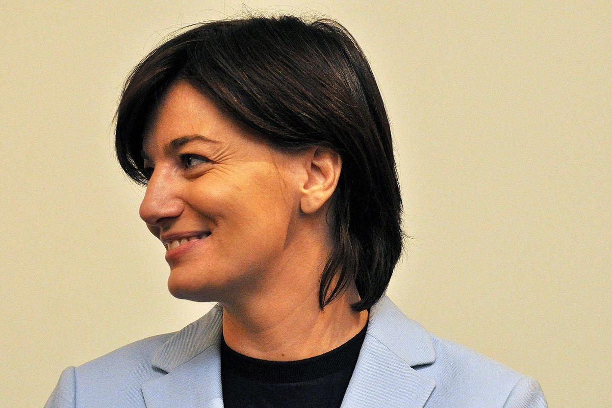 «Uso esperto di schemi criminosi»: arrestata l'ex eurodeputata Comi