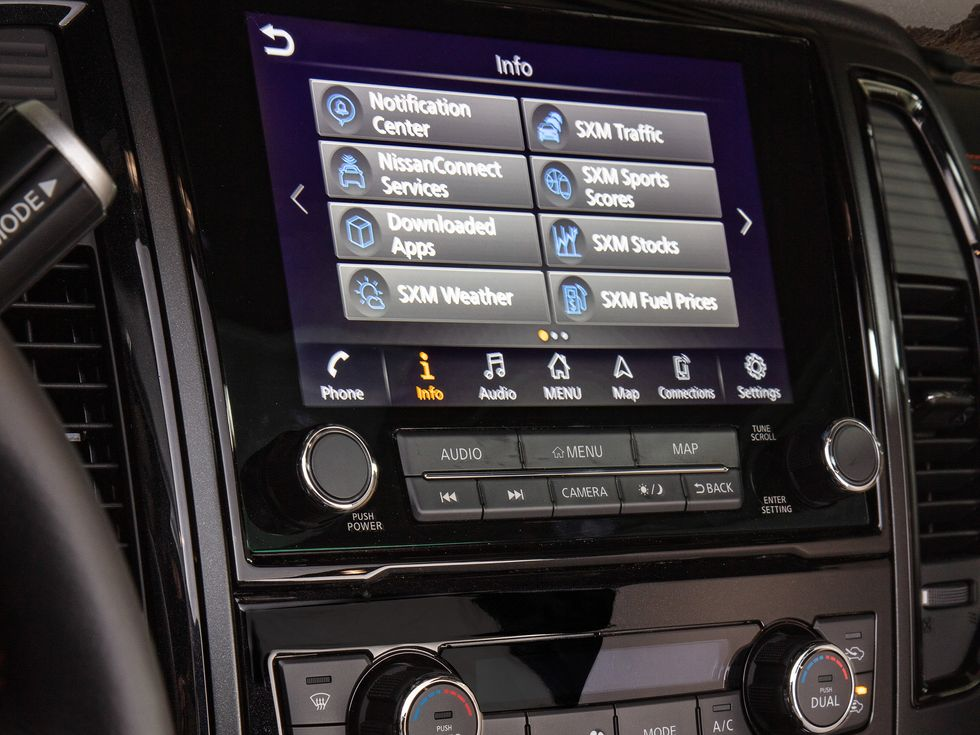 2020 Nissan Titan infotainment screen system