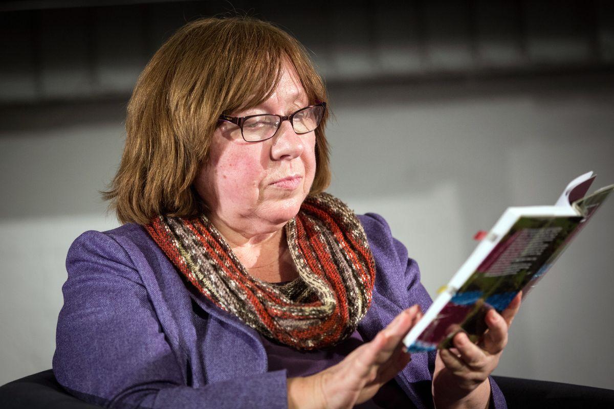 Svetlana Aleksievic: «È caduto il Muro, ma il comunismo è vivo»