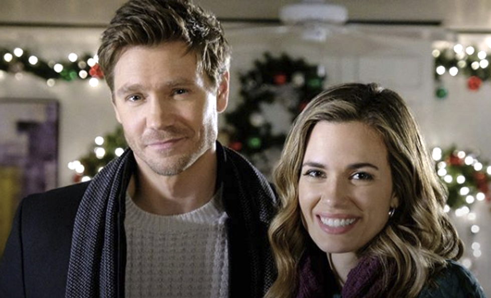You Could Be Paid $1,000 To Watch 24 Hallmark Christmas Movies In 12 Days, And It's A Holiday Miracle