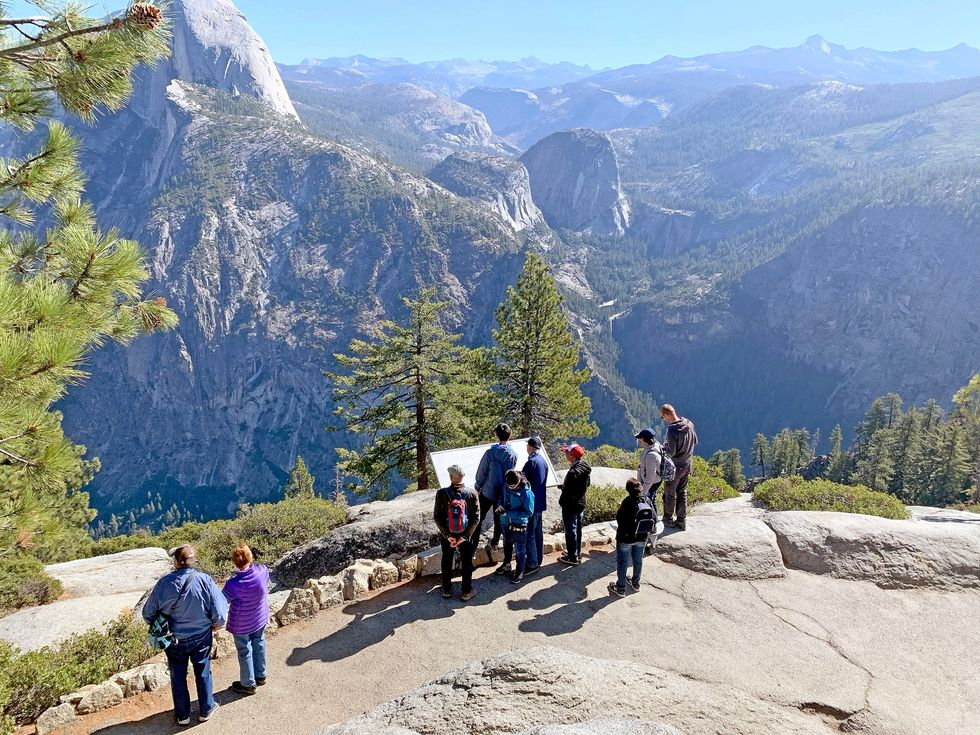 Glacier Point crowd Yosemite National Park