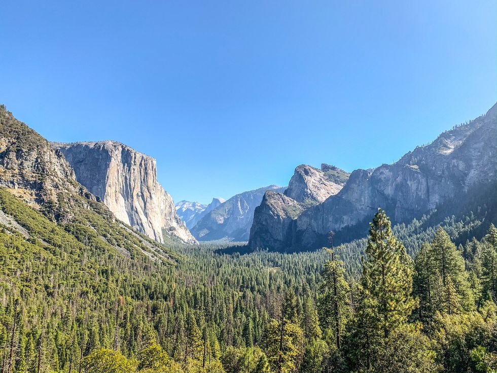 Tunnel View Yosemite morning