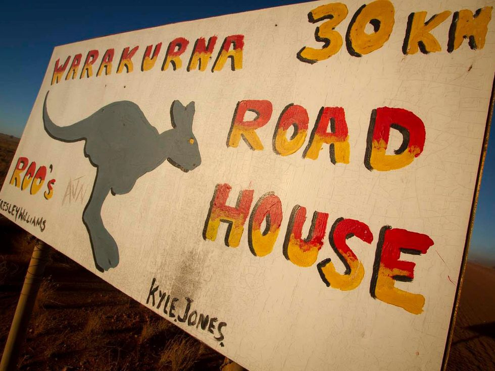 Warakurna Road House sign 30km