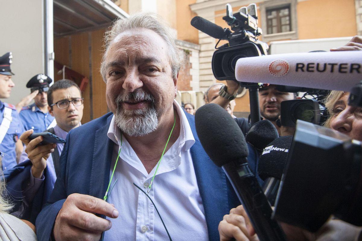 Michele Giarrusso: «Noi 5 stelle siamo in crisi d'identità»