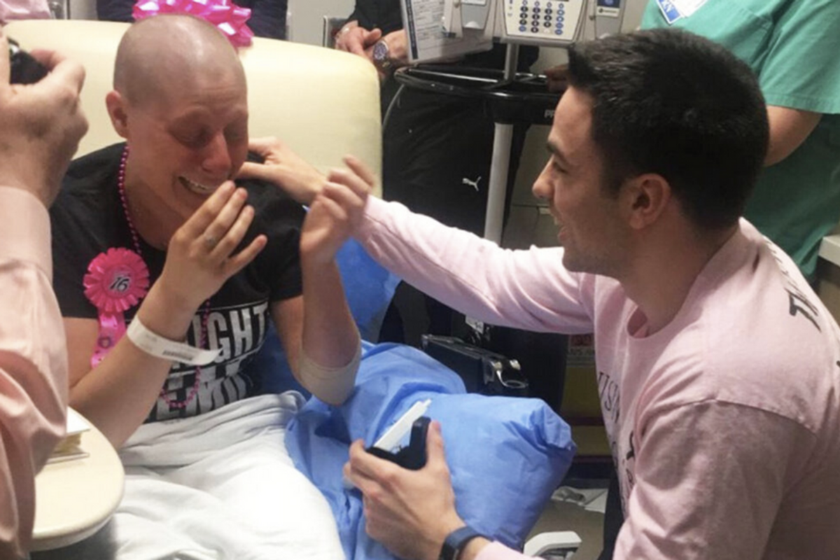 Man surprises his girlfriend with a wedding proposal on her last day of chemo