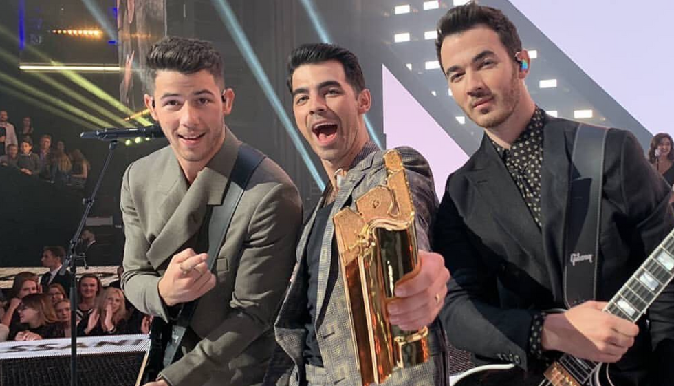 11 Thoughts All Jonas Brothers Fans Had When They Scored Their First GRAMMY Nomination Since 2009