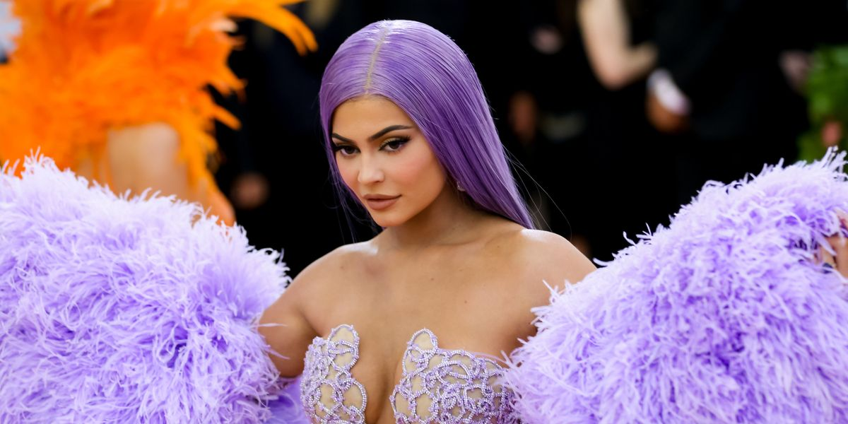 Kylie Jenner Reportedly Dating Drake to Make Travis Jealous