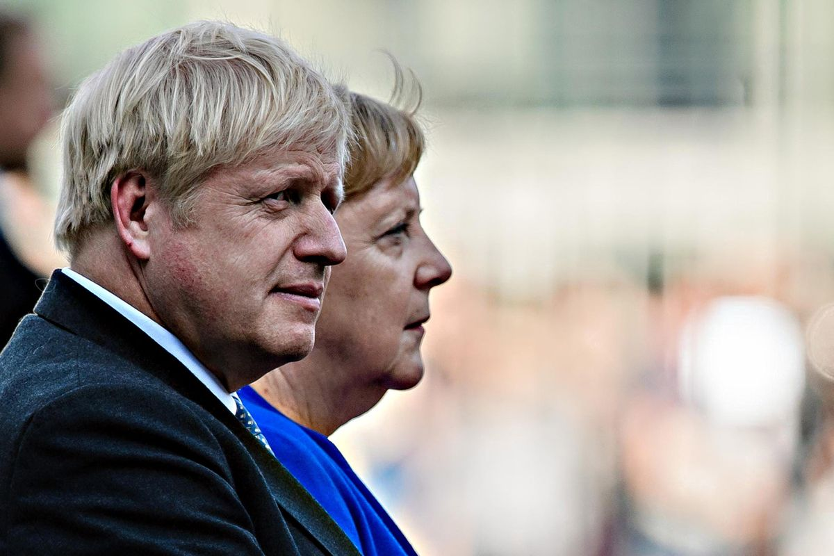 Il deal c'è ma rischia la bocciatura. Brexit appesa al voto degli irlandesi