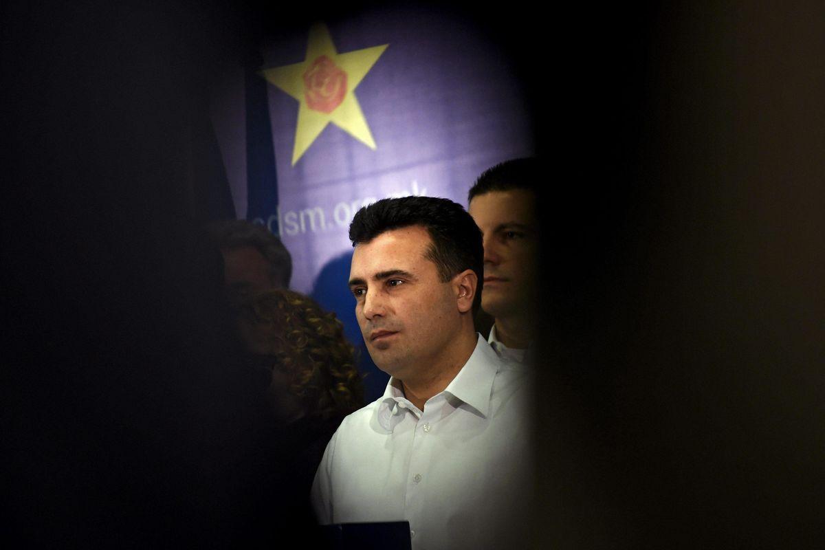 Scintille Parigi-Berlino su Skopje. La cancelliera prova a salvare Zaev