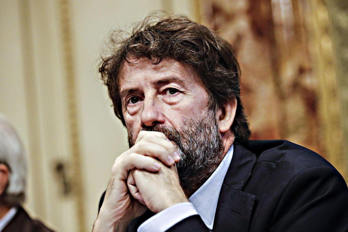 Renzi sogna il ribaltone dc con Franceschini