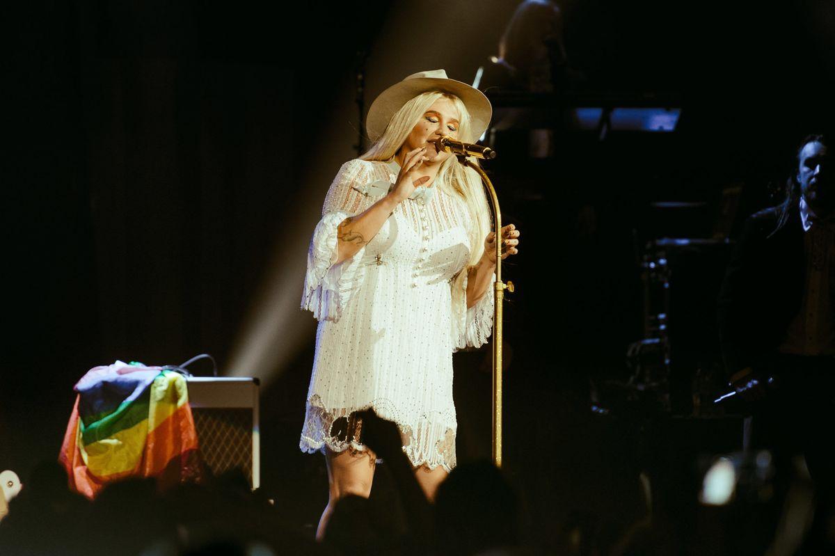 An Academy Award for Kesha's New Album Trailer