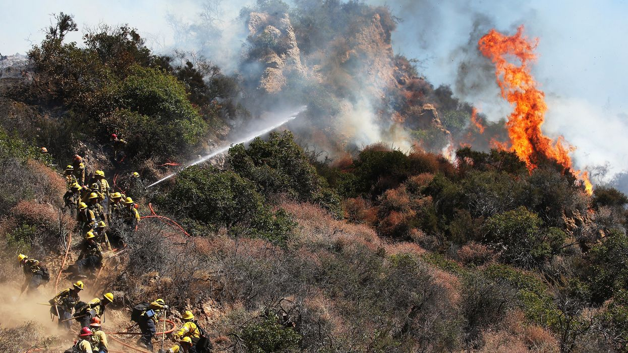 Two Injured in Wildfire Near LA's Pacific Palisades