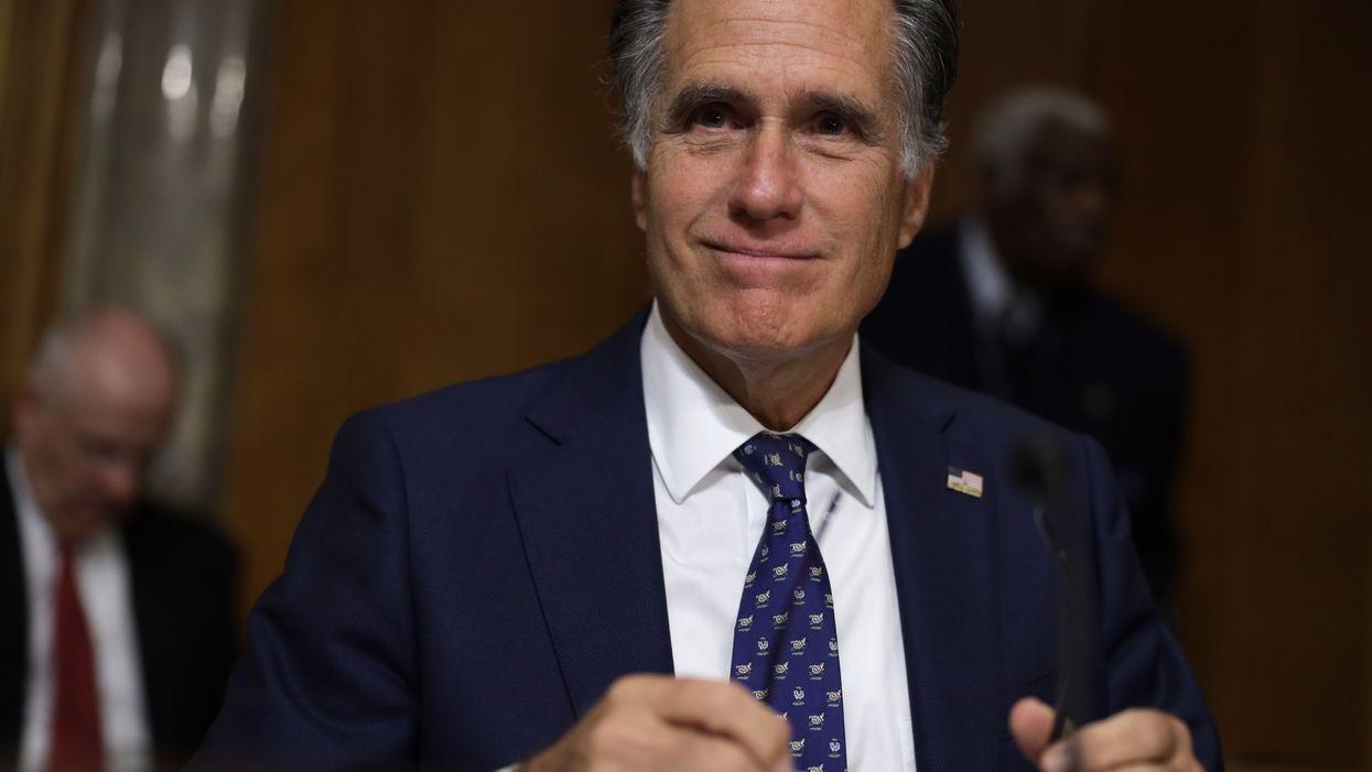 LAUGH: Romney has a not-so-secret Twitter account