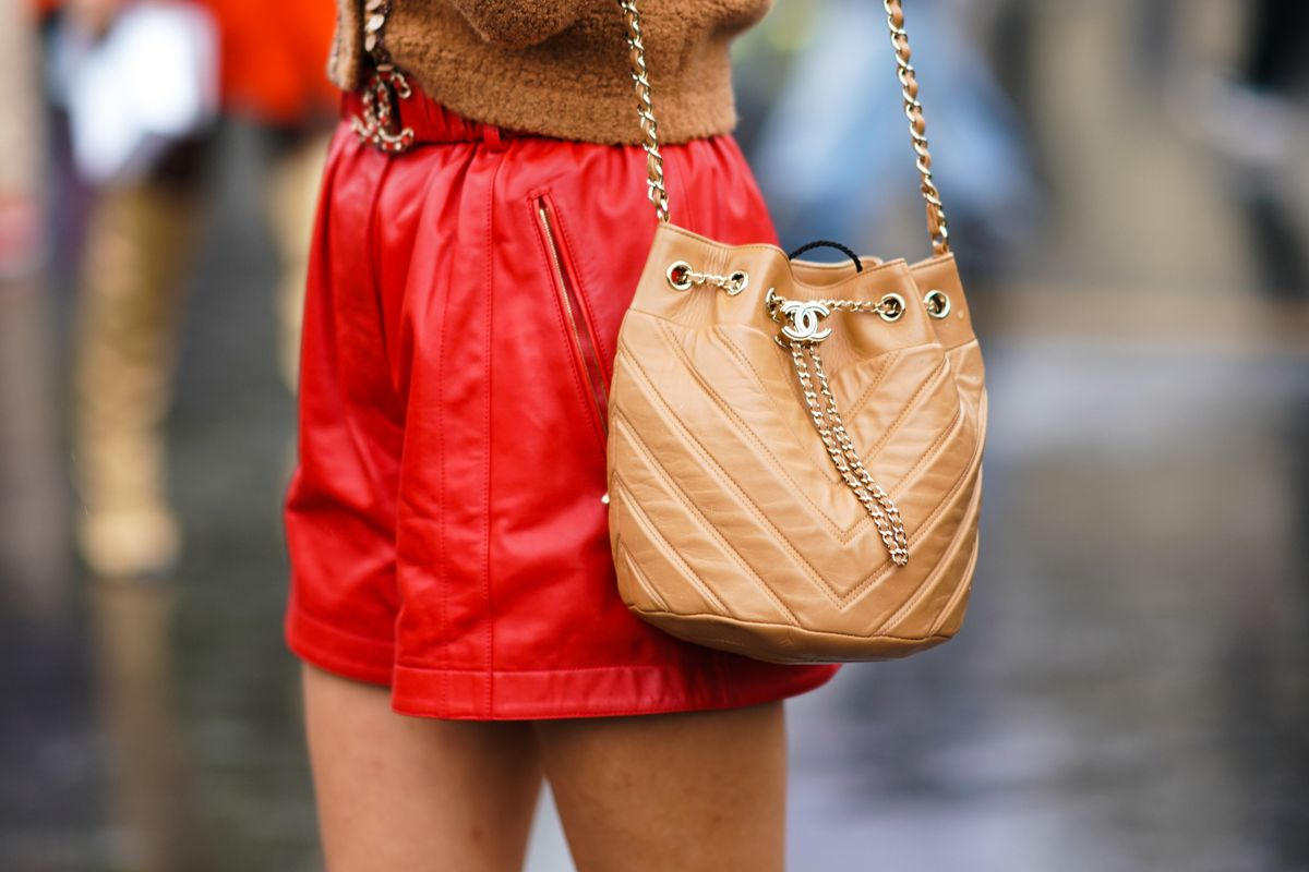 This New App Will Tell How Much Your Bag Is Worth in Minutes