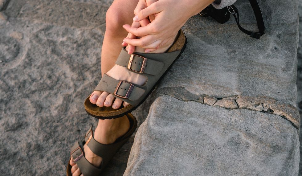 20 Fashion Trends We NEED To Cancel By 2020, Because Birkenstocks Should Only Be Worn By Your Elderly Uncle