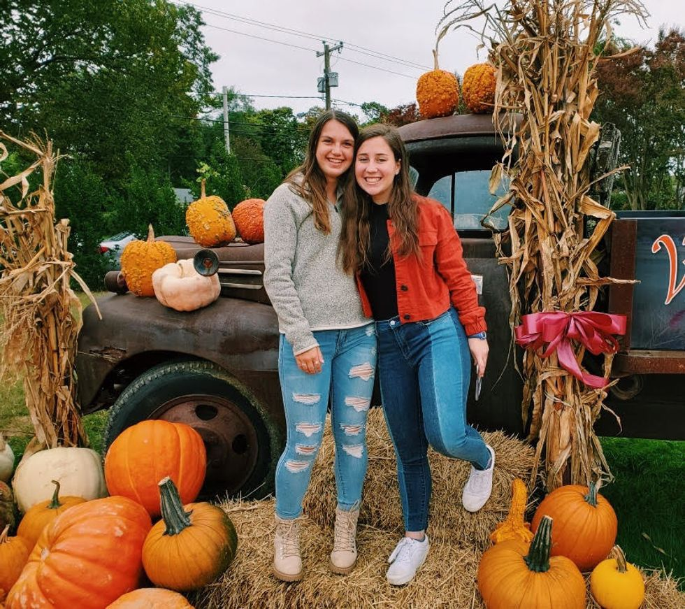 6 Things You Should Do With Your Friends Before Fall is Over