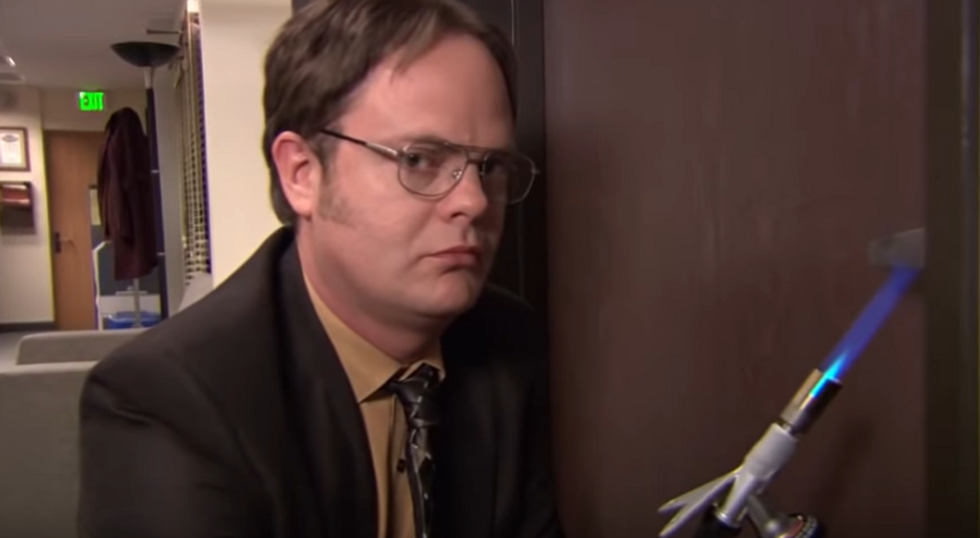 Here Are 8 Of Some The Most Hilarious Episodes Of 'The Office' To Help That Stressful Student Unwind