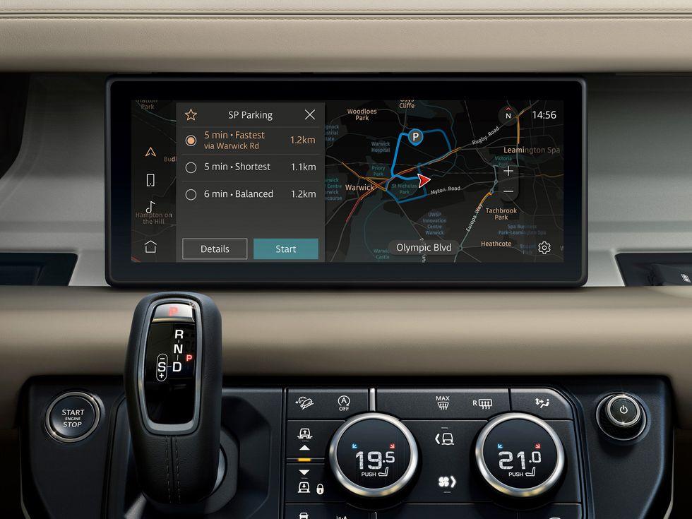 2020 Land Rover Defender map infotainment screen
