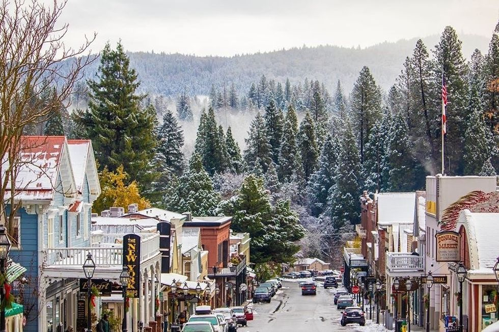 5 Small Towns Near Lake Tahoe You Should Visit At Least Once 7x7 Bay Area